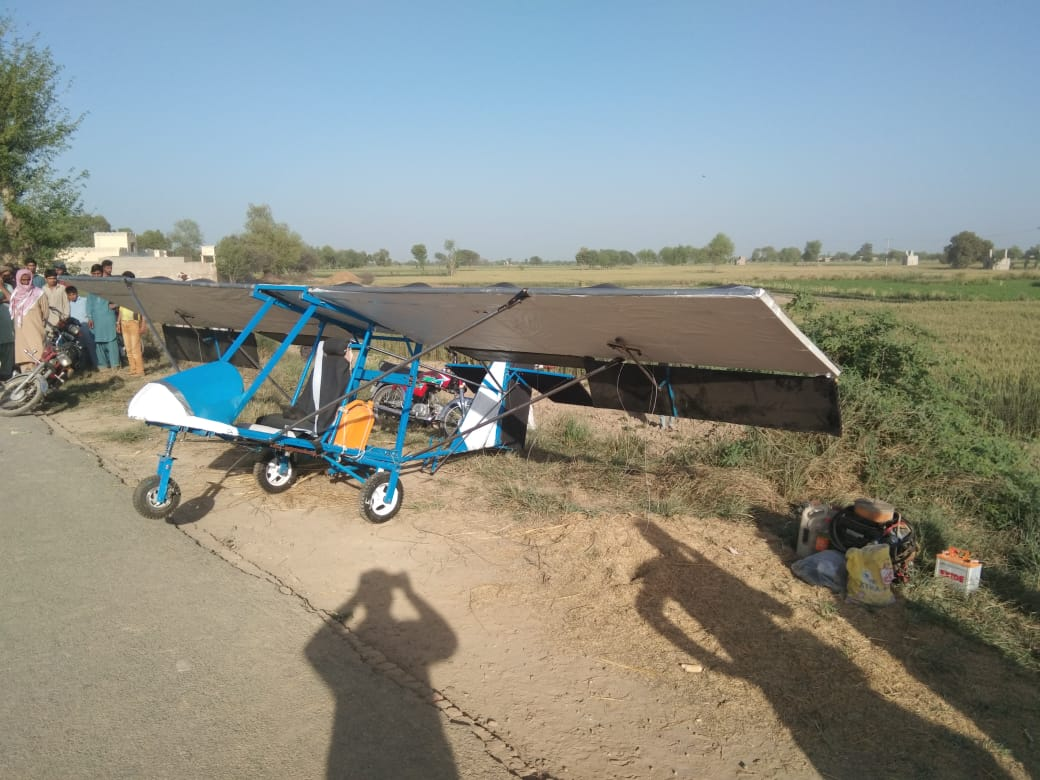 According to the report, Muhammad Fiaz who wanted to fly 9 feet airplane is a middle pass person having no flying diploma and no flying training from any training institution. He neither had flying license nor permission letter from civil aviation authority. On 2nd April, when this person sought flying permission from local police, the local police declined his request due to above reasons. According to DPO, he was told that flying is on permissible on run way whereas flying in populated and fields areas may cause any untoward situation which may also cause danger to precious lives. But, he was bent upon flying the airplane. After receiving information of his flying on 15, local police arrested him. He got free after paying the fine by judicial proceedings. According to the report of DPO, in the purview of national action plan, local police cannot give approval to anybody to use air space with prior permission of civil aviation because it may cause danger in populated area in case of any accident. It was further told in the report that air space radar of Pakistan air force is located 35 km away from Arif Wala and any attempt of flying in current circumstances of border of country could cause attack on it so Muhammad Fiaz has not be given approval due to safety of his life. IG Punjab Amjad Javed Saleemi directed DPO Pakpattan to encourage and acknowledge human talent and arrange a meeting of Muhammad Fiaz with civil aviation authorities so that they may decide to fly airplane after proper research.