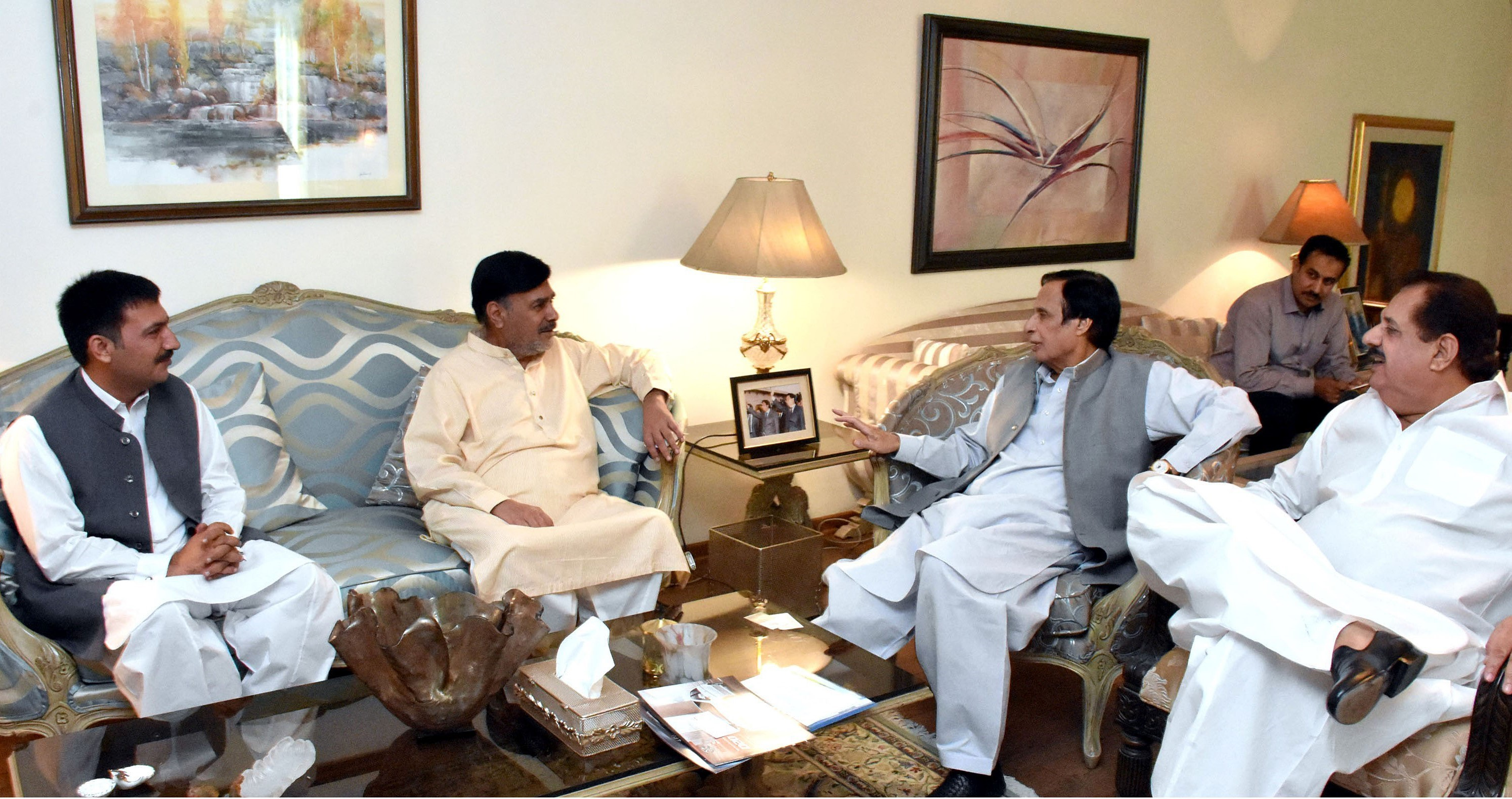 Parvez Elahi-PML Q joining