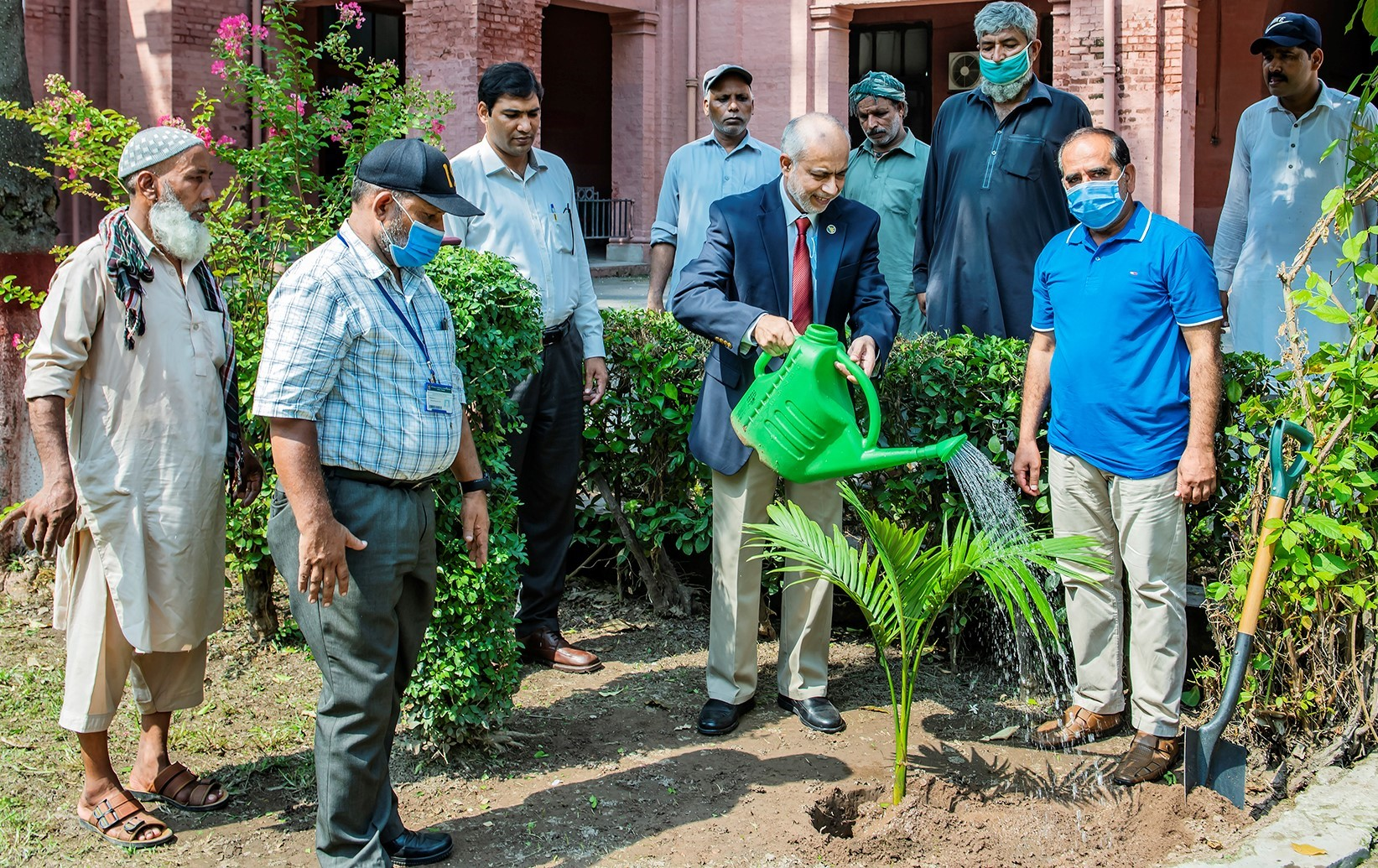 UVAS VC launched tree plantation drive to promote greenery under PMCountry's Largest Tree Plantation Campaign